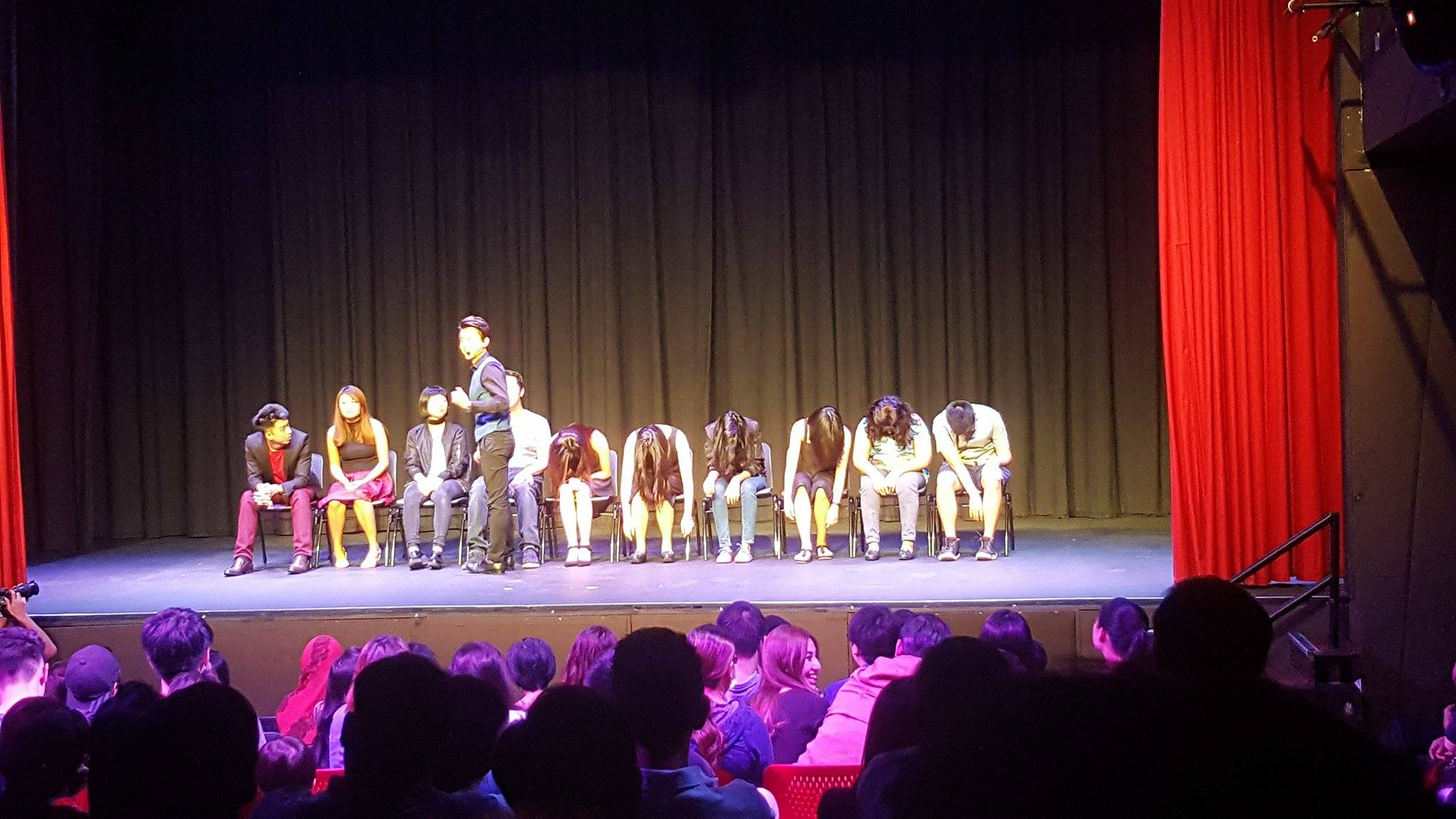 How I Got Literally Hypnotized Watching A Stage Hypnosis Show